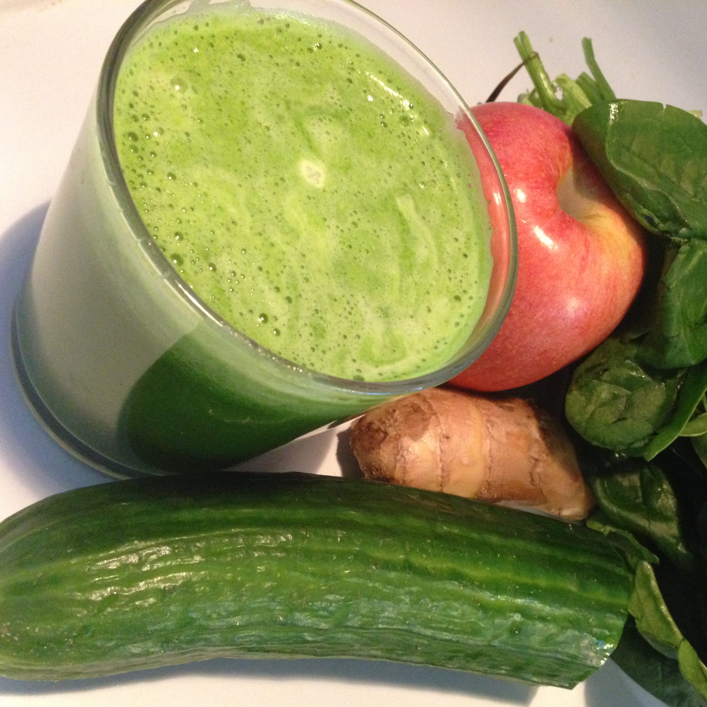 Green Juice - Spinach, Apple, Cucumber, Ginger