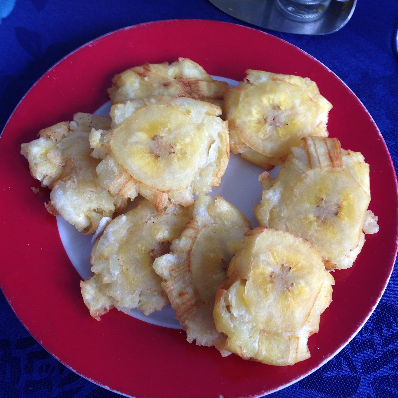 Tostones (fried plantain) at La Casona Del Arte