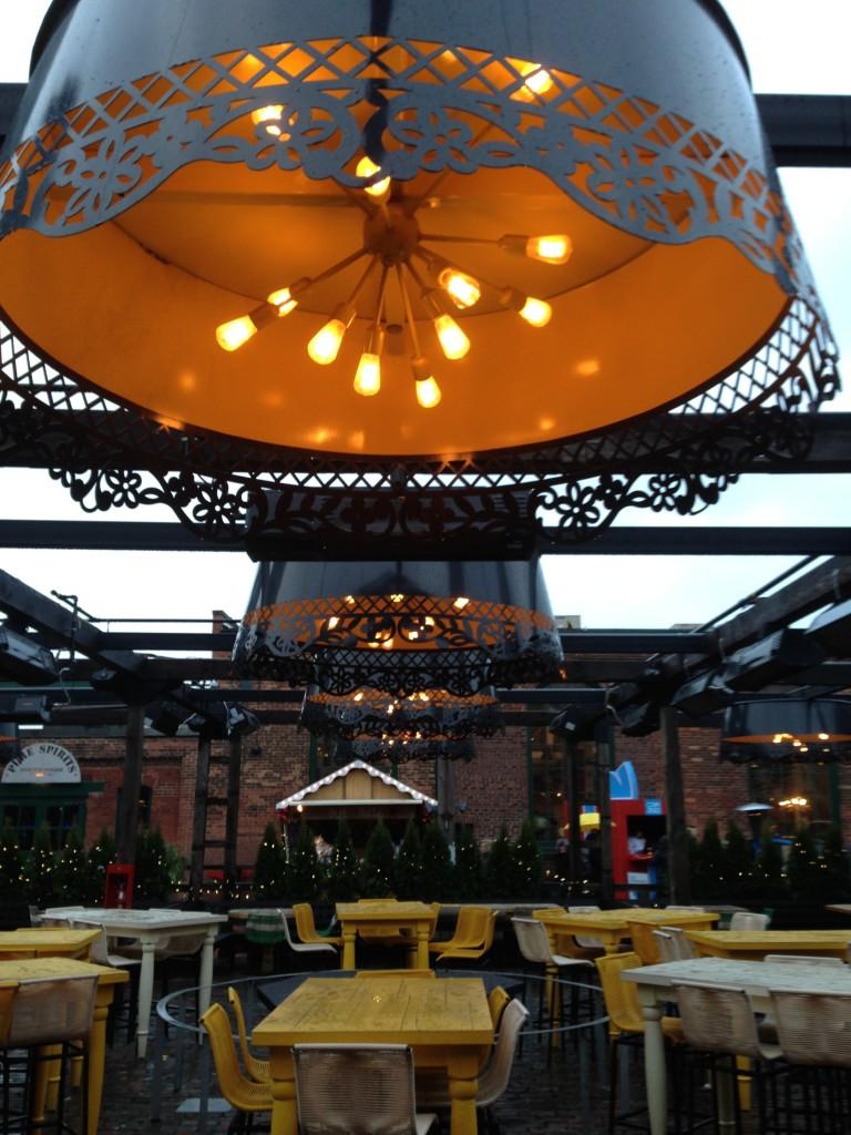 El Catrin restaurant outdoor patio