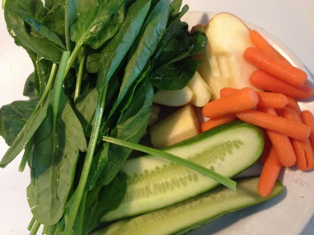 Green Juice Recipe Ingredients - Cucumber, Spinach, Apple, Carrots and Ginger