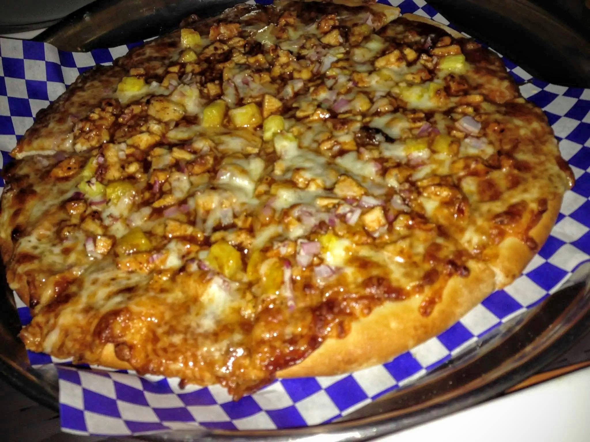 The BBQ Pelican Bay Pizza - Chicken, Onion, Pineapple, BBQ Sauce