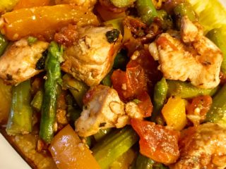 Spaghetti Squash with Chicken, Asparagus, Sweet Pepper and Tomato