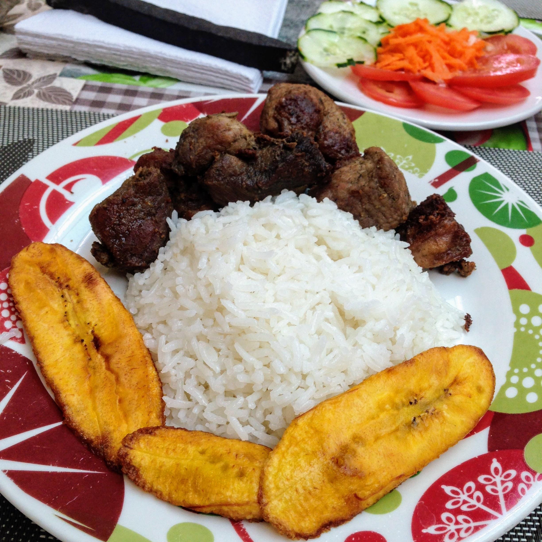 La Cubanita - Pork, rice and plantain dish